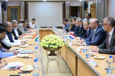 Les nouvelles techniques industrielles ont été évoquées lors de l'entrevue entre Étienne Schneider et les ministres indiens de l'Économie et de la Sidérurgie. (Photo: ministère de l'Economie)