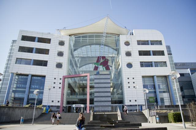 Les Mulliez sont propriétaires des supermarchés Auchan, dont celui du Kirchberg, à Luxembourg. (Photo: Maison moderne / archives)