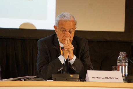 Alain Lamassoure se réjouit des conclusions de la commission taxe sur l'imposition des entreprises. (Photo: chd.lu)