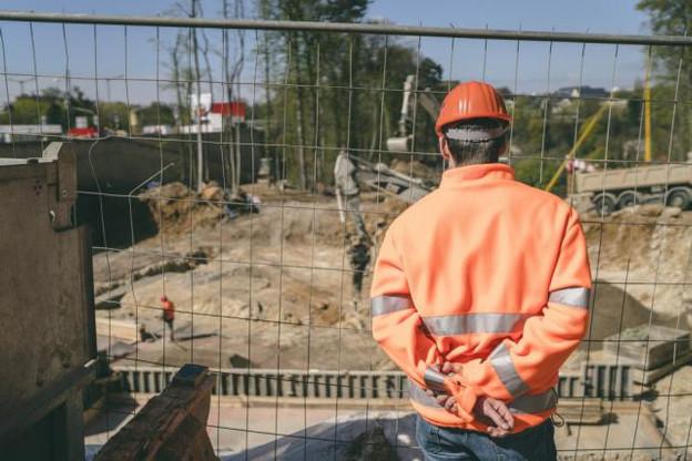 Le secteur du bâtiment et de la construction est, de loin (près de 70%) celui qui est le plus concerné par la pratique du détachement de travailleurs.  (Photo: Sven Becker / Archives)