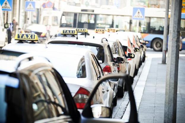 Les exploitants de taxis bénéficieront d'une période transitoire pour s'adapter aux nouvelles règles. Elle prendra fin au 1er avril 2017. (Photo: David Laurent/archives)