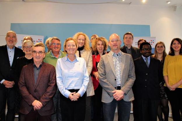 Paulette Lenert, ministre de la Coopération et de l'Action humanitaire (au premier plan), a signé sept accords-cadres de développement, dont deux consortiums, avec des organisations non gouvernementales de développement. (Photo: MAEE)