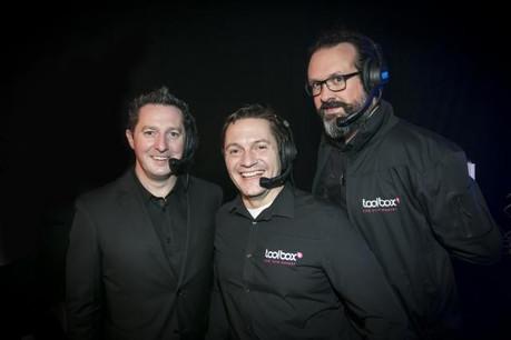 Dany Lucas, managing director de Toolbox (à gauche), avec deux de ses collaborateurs: Mike Felten (light designer) et Gilles Konsbruck (stage & technical manager). (Photo: DR)