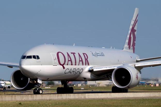 a7-bfc_qatar_airways_cargo_boeing_777-fdz_-_cn_36099_taxiing_21july2013_pic-002.jpg