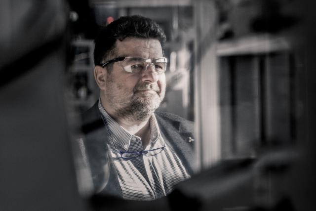 Multi-casquettes, Jacques Lanners est aussi président du conseil d'administration du groupe automobile Losch. Il est membre du conseil d'administration d'AXA Luxembourg et des CFL. (Photo: Gaël Lesure)