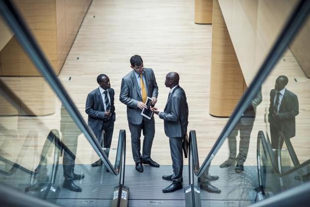 Valère Twagirayezu (le président), Keith Burman et Bertrand Moupfouma, membres du conseil de LuxAfrica, sont conscients d'être au pied d'un colossal défi: formaliser et développer les relations d'investissements entre le Luxembourg et le continent africain. (Photo: Mike Zenari)