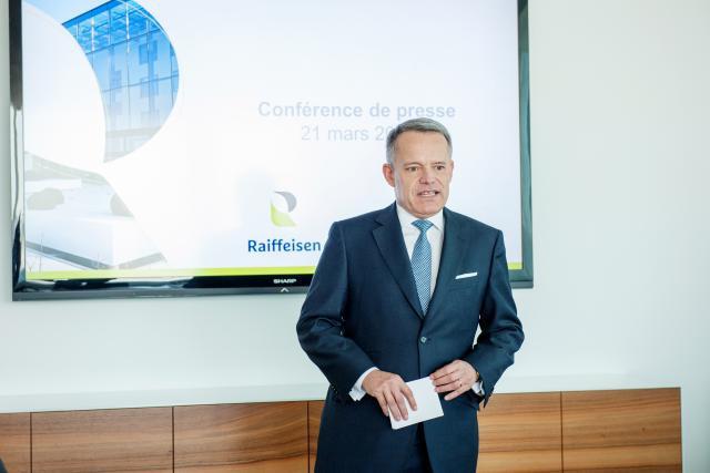 Le président du comité de direction de Raiffeisen, Guy Hoffmann, satisfait et soulagé par les nouvelles progressions. (Photo: Lala La Photo)