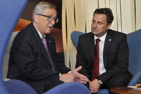 Jean-Claude Juncker et Xavier Bettel, deux Luxembourgeois au cœur d'un agenda européen malmené.  (Photo: SIP / archives)