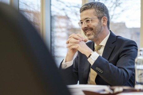 Serge de Cillia se réjouit de l'accord trouvé avec l'Aleba et le LCGB. (Photo: Julien Becker / Archives)