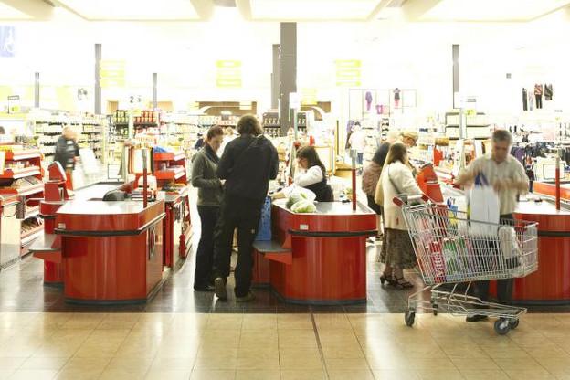 Tant le revenu que la consommation des ménages ont progressé au troisième trimestre de 2015, aussi bien dans la zone euro que dans l'UE. (Photo: David Laurent / archives)