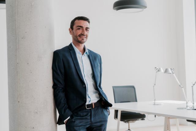 Jusqu'à peu directeur général du quotidien français Libération, Richard Karacian découvre le marché luxembourgeois avec enthousiasme et humilité. (Photo: Eric Chenal)