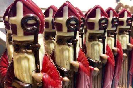Le cortège des saints Nicolas en chocolat n'attend plus que d'être mangé. (Photo: Genaveh)