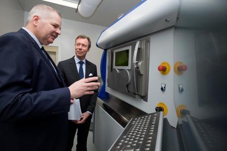 Lors de sa visite le 17 janvier, S.A.R le Grand-Duc Henri a pu découvrir une partie de la technologie d'impression 3D métallique.  (Photo: Nader Ghavami)