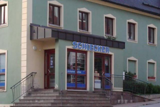 Au Luxembourg, aucun magasin Schlecker n'a de numéro de téléphone fixe. (Photo: Yoshi2000/licence CC)