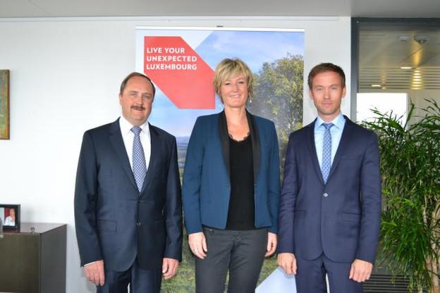 De gauche à droite: Romain Weber, président de Luxembourg for Tourism, Francine Closener, secrétaire d'État à l'Économie, et Sebastian Reddeker, CEO de Luxembourg for Tourism. (Photo: Luxembourg for Tourism)