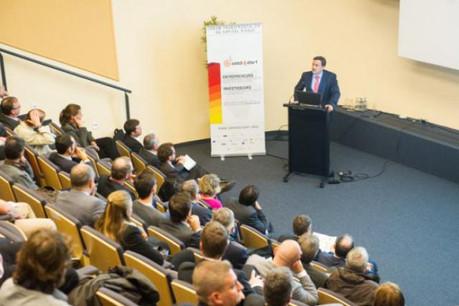 Xavier Bettel s'est associé au lancement de Seed4Start en évoquant l'idée d'une structure pour accueillir les start-up en ville. (Photo : Charles Caratini )