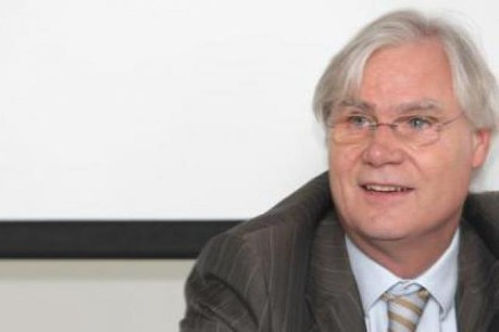 La rémunération versée sous forme d'actions en 2010 se monte à 6,6 millions d'euros, contre 1,4 million en 2009.  (Photo du CEO Romain Bausch: Luc Deflorenne/archives)