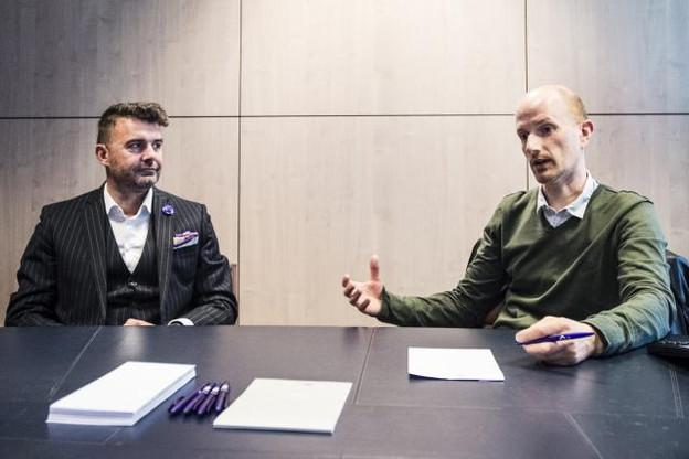 Pour Pierre-Olivier Rotheval et Diego De Biasio, aider les start-up et faire circuler les bonnes idées sont des responsabilités collectives.   (Photo: Mike Zenari)