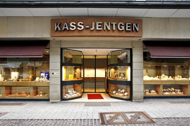La bijouterie est installée à l'angle de l'avenue de la Porte-Neuve et de la Grand-Rue à Luxembourg depuis 1932. (Photo: Olivier Minaire / archives)
