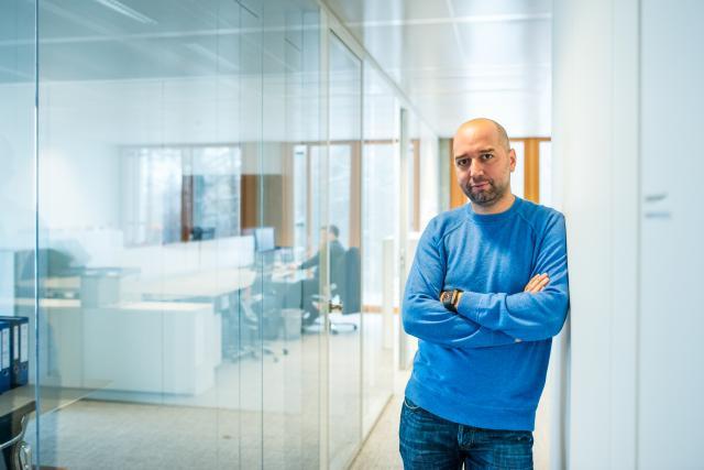 Selon France Football, Gerard Lopez aurait mis 400 millions d'euros sur la table pour pouvoir s'offrir l'OM.  (Photo: Sven Becker / Archives)