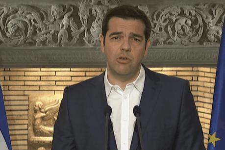 Aléxis Tsípras annonçant, vendredi soir, la tenue d'un référendum pour choisir ou refuser le plan d'aide européen pour son pays. (Photo: DR)