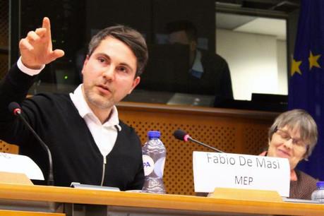 Fabio De Masi et la Gauche unitaire européenne réclament depuis plusieurs mois l'institution d'une commission d'enquête parlementaire permanente afin de se pencher en profondeur sur l'évasion fiscale. (Photo: Licence CC)