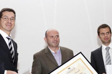 Gérard Doucet (TalkTo Vision), entouré de Bruno Théret (ArcelorMittal) et David Kiener (ICT7). (Photo : Olivier Minaire)