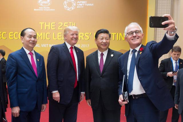 Donald Trump et Xi Jinping risquent bien d'afficher encore des sourires forcés lors de leurs prochaines rencontres. (Photo: Licence C. C.)