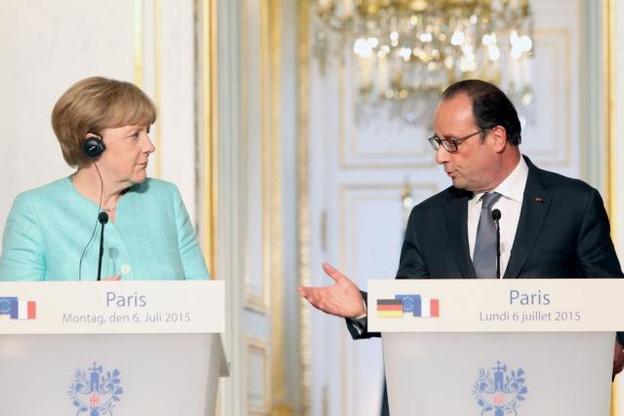 Angela Merkel et François Hollande au sortir de leur entrevue hier à l'Élysée. (Photo: Présidence de la République française)