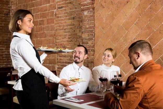 C'est dans l'horeca que les salariés coûtent le moins cher à leur patron: 35.000€ en moyenne par an. (Photo: Shutterstock )