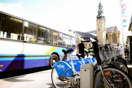 La mobilité, multiformes, doit se coordonner avec les voisins, le plus en amont possible. (Photo : David Laurent / Wide / archives)