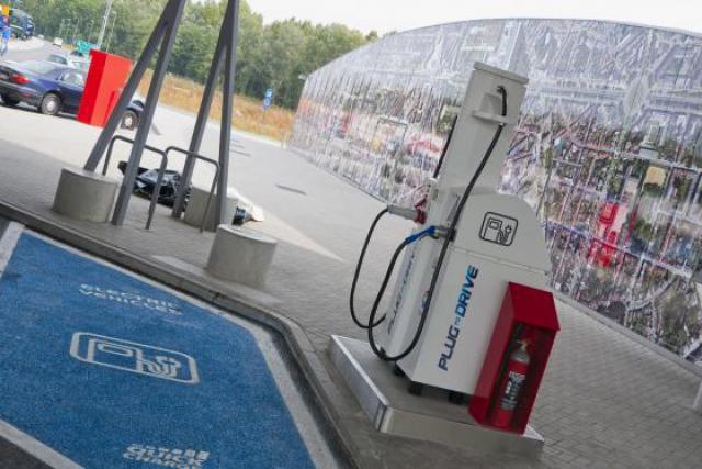Des bornes intelligentes de chargement rapide, installées dans des stations-service par exemple. (Photo: Total Belgique)
