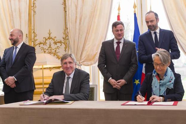 François Bausch, mardi, lors de la signature du protocole d'accord avec son homologue française, Élisabeth Borne. (Photo: SIP / Jean-Christophe Verhaegen)