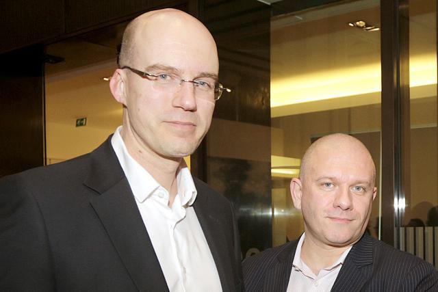 Chris Marcilla (à droite) préside le working group qu'a notamment rallié Xavier Buck aussi. (Photo: Luc Deflorenne / archives)