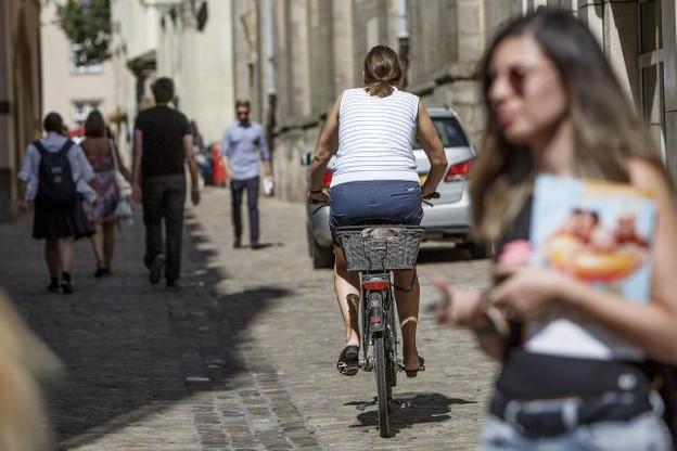Rouler à vélo impose aussi le respect de certaines règles. Sous peine d'amende. (Photo: Maison Moderne / Archives )