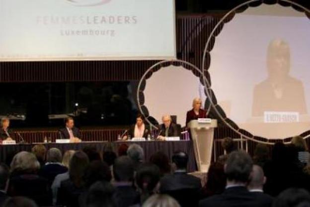 La table ronde a rassemblé près de 300 personnes à Luxembourg Congrès. (Photo: Luc Deflorenne)