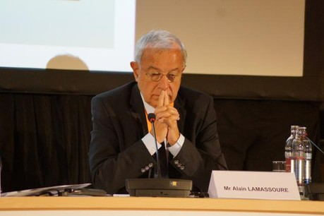 Alain Lamassoure a indiqué lundi que le rapport sera bien voté le 25 novembre, mais il devrait s'agir d'un rapport intérimaire. (Photo: chd.lu)