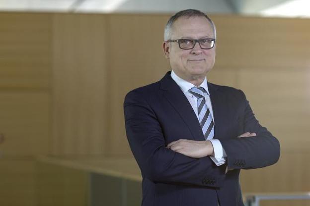 Le conseil d'administration de Luxairport, présidé par Tom Weisgerber (sur la photo), devrait subir bientôt des modifications, a promis le ministre François Bausch. (Photo: Christophe Olinger / archives)