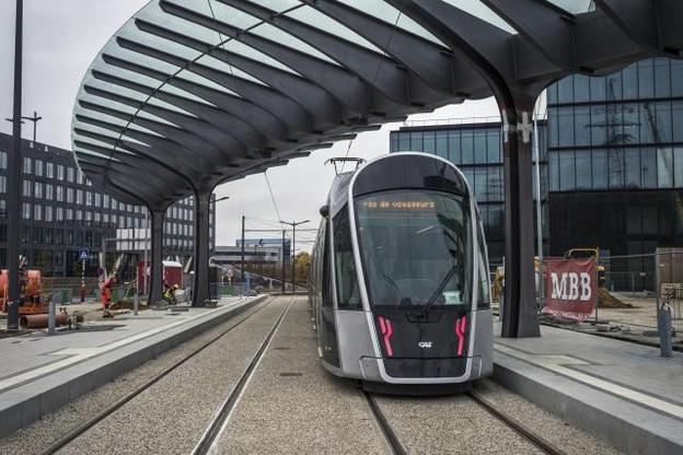 La polémique entre les deux hommes politiques n'entachera pas l'inauguration du tram, qui aura lieu dimanche. (Photo : Mike Zenari)