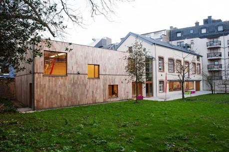 Mis à disposition par la Ville de Luxembourg, l'ancienne menuiserie Zeyen accueille à présent l'école de cirque Zaltimbanq'. (Photo: Lala La Photo)