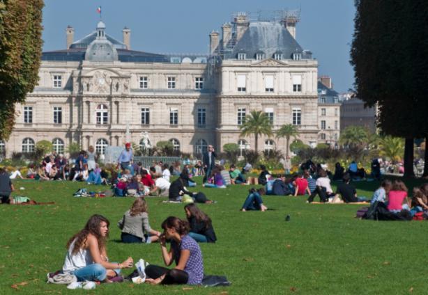 luxembourg-gardens-in-paris.jpg