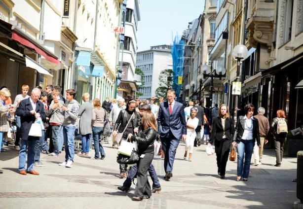 Shoppers in Luxembourg City  David Laurent/Wili (archives)