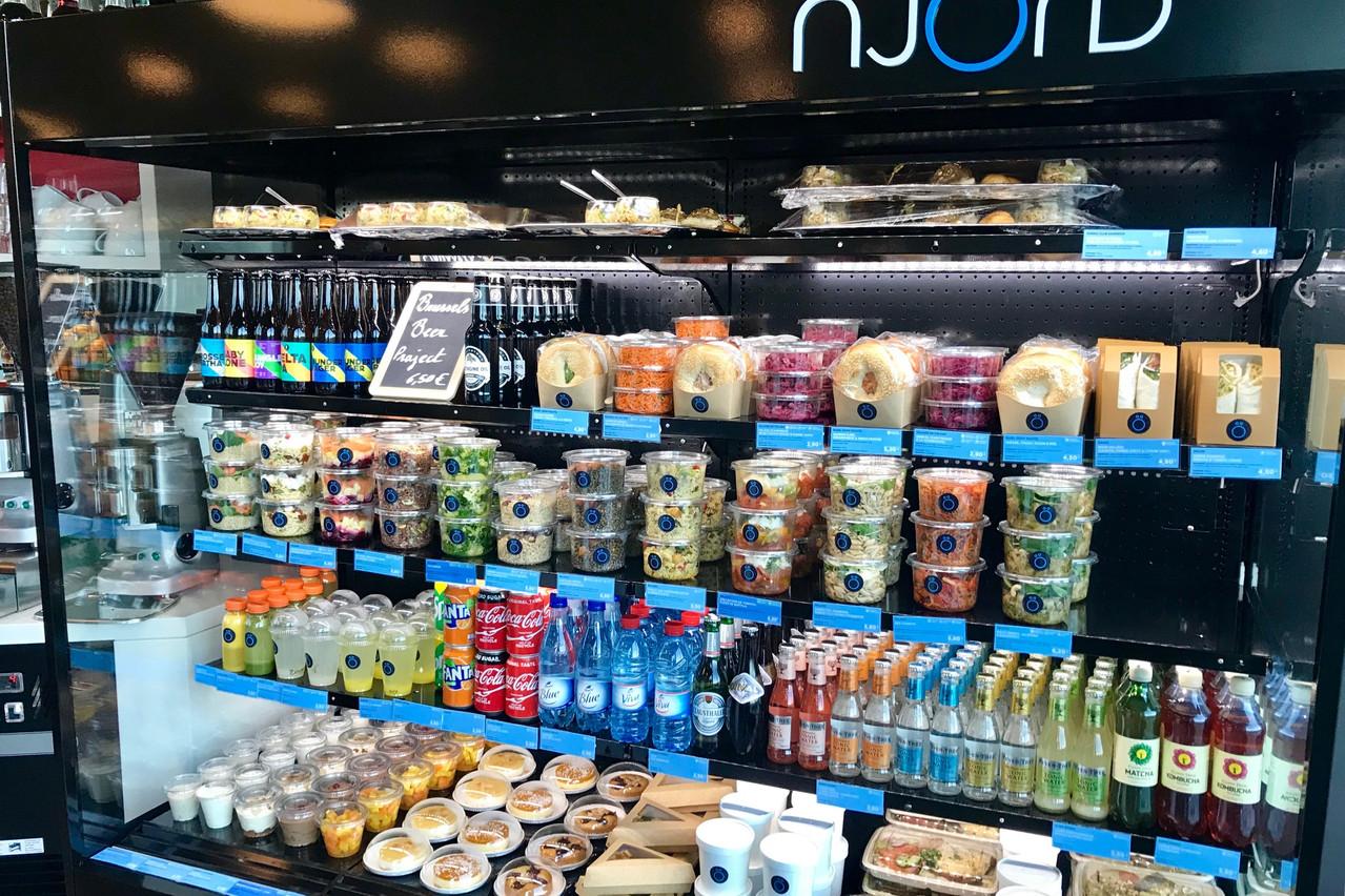 Salades tendance, plats chauds en bocaux et célèbres«Smørebrøds» sont disponibles chez Njörd. (Photo : Maison Moderne)