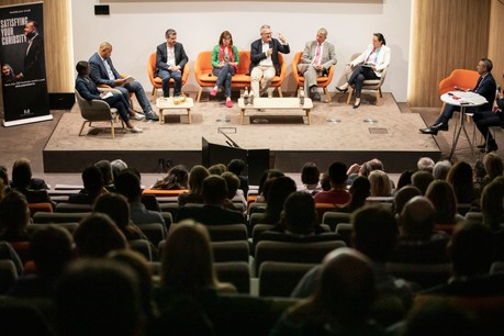 Tous les partis présents lors du débat estiment qu'il faut augmenter le niveau de vie des citoyens européens. (Photo: Jan Hanrion / Maison Moderne)