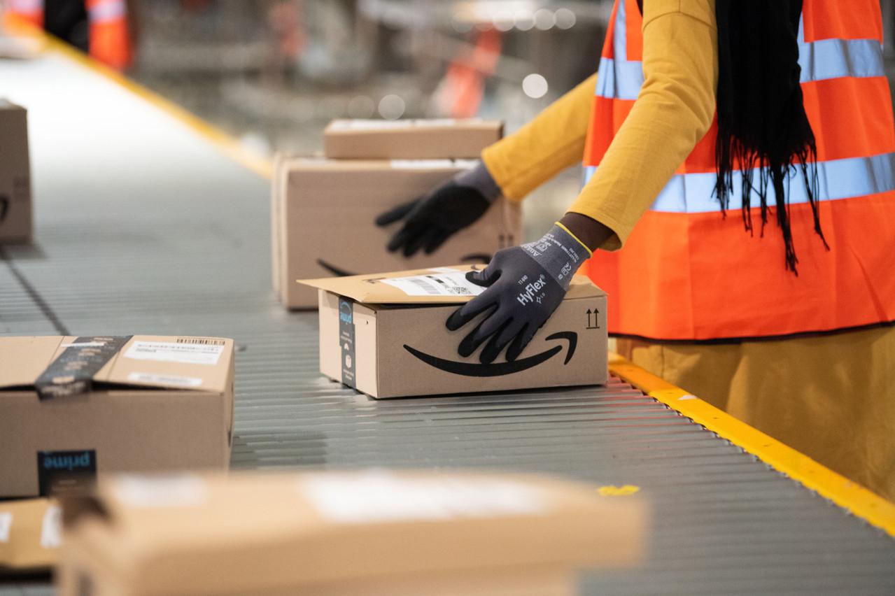 Soumis à des cadences infernales, les employés d'Amazon ont fini par dire non à la création d'un syndicat. (Photo: Shutterstock)
