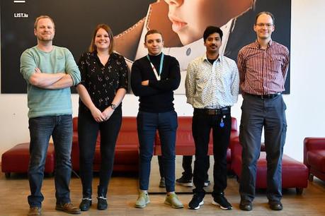 Daniel Schmidt, avec des membres de son équipe de recherche. (Photo: List)