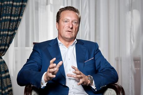 Le CEO d'East-West United Bank, Sergey Pchelintsev, fait le point pour les 45 ans de la banque. (Photo: Eric Devillet)