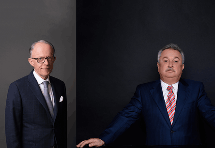 M. Pierre Rossy de Schroeder Joailliers et M. Danny Mukhi d'Istana U.A.E Crédit Photo :  Schroeder Joailliers & Istana U.A.E.