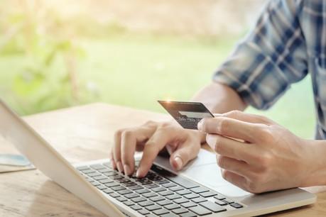Les consommateurs auront accès à davantage d'informations sur les produits commercialisés sur les sites marchands. (Photo: Shutterstock)