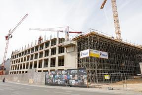 Vue du chantier de l'immeuble administratif le 23 juillet2020. ((Photo: Romain Gamba / Maison Moderne))
